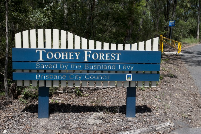 Toohey Forest Guidepost